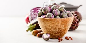 purple brussels sprouts salad with apples XS